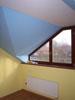 Barevné rozlišení stropu a zdí